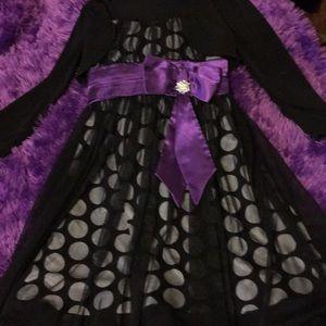 Super cute polkadot black and purple flowey  dress